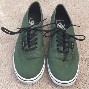 Forest green lace up women's vans